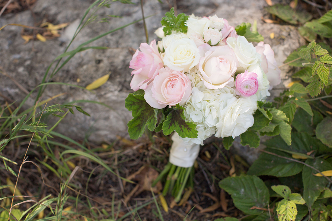An image of the light pink and white rose and white hydrangea floral bouquet for the Barlow Wedding