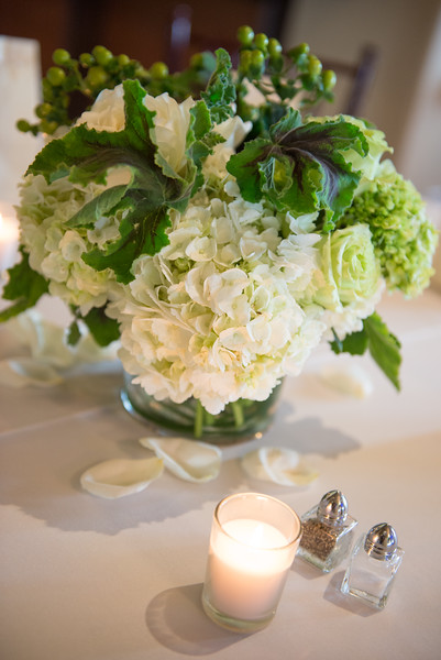 An image of a white hydrangea centerpiece for the Lim wedding