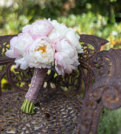 An image of the white and light pink rose bouquet