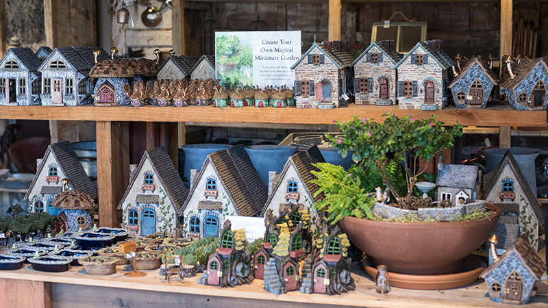 An image of several mini houses for the miniature gardens