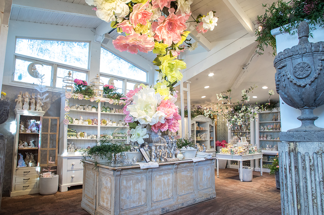 Image of Spring Floral Design in the Gallery
