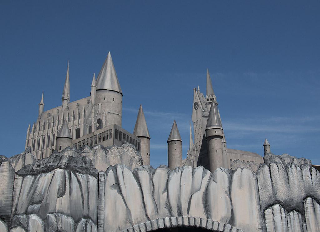 An image of Hogwarts Castle for 2018 Hocus Pocus