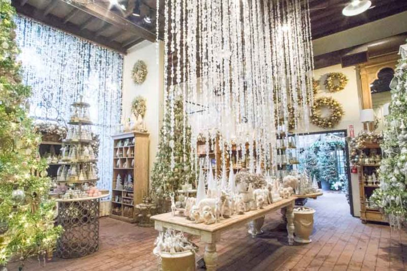An image of Roger's Gardens Christmas Boutique