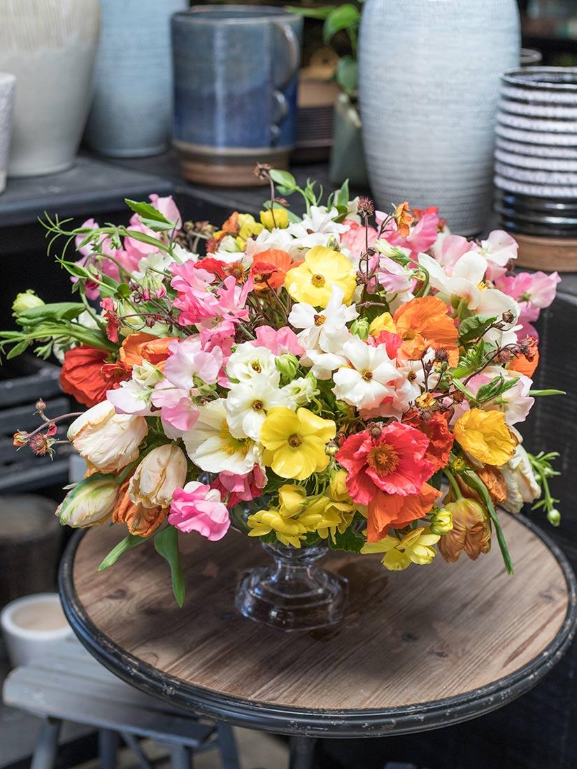 An image of a poppy floral arrangement
