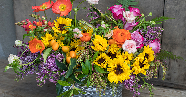 An image of various brightly colored flowers for the Spring Floral Workshop