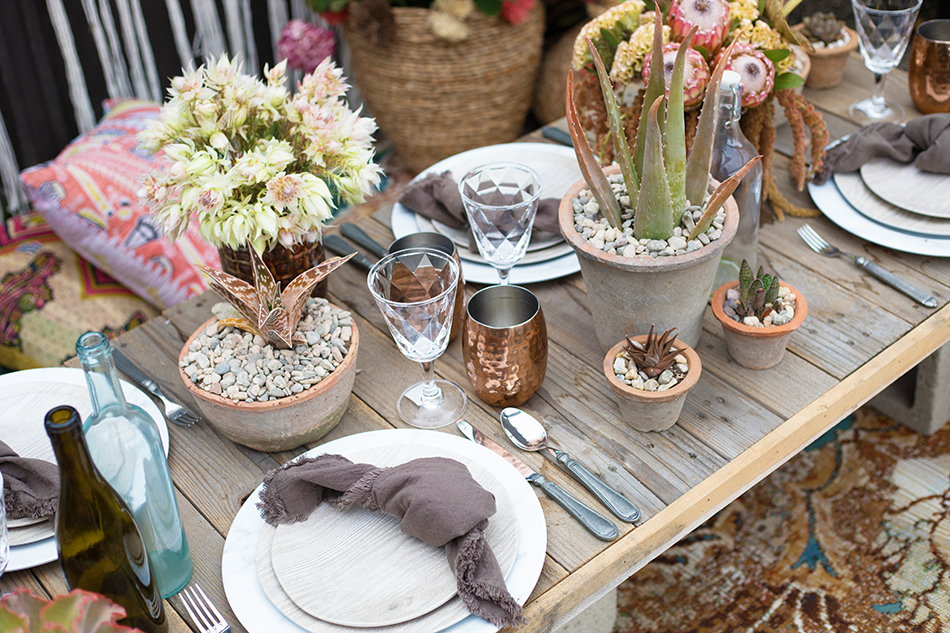 An image of a neutral colored table scape