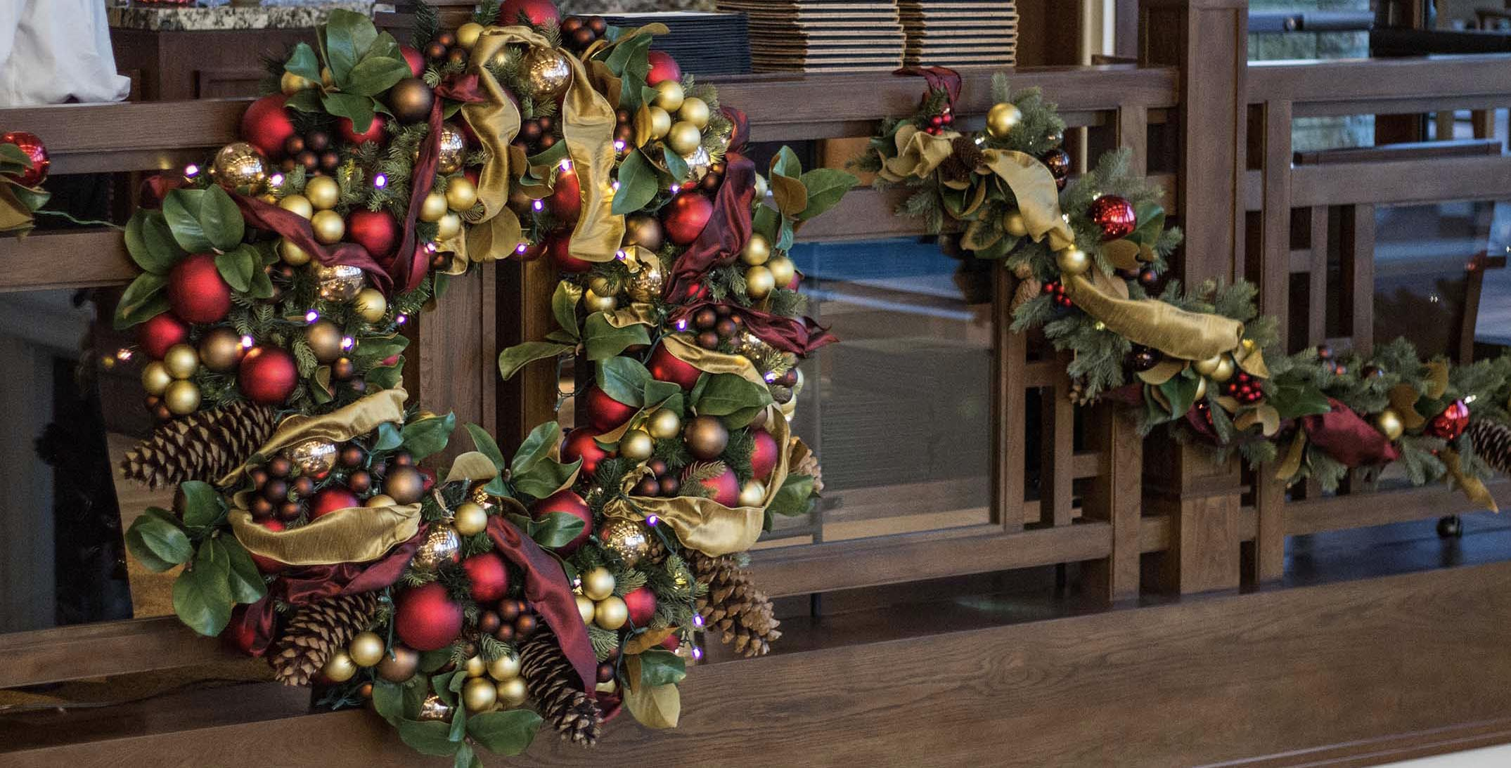 Green Red and Gold Wreath